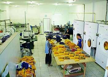 Lavadeiras de uniformes em sp